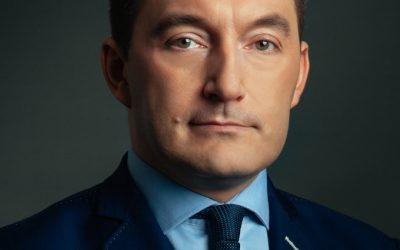 Kogo słucha polski biznes ? Adrian Furgalski wśród autotrytetów